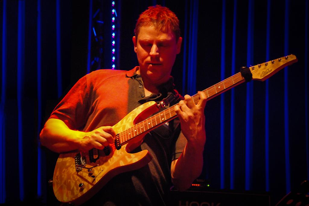 Special guest guitar teacher - Richard Hallebeek